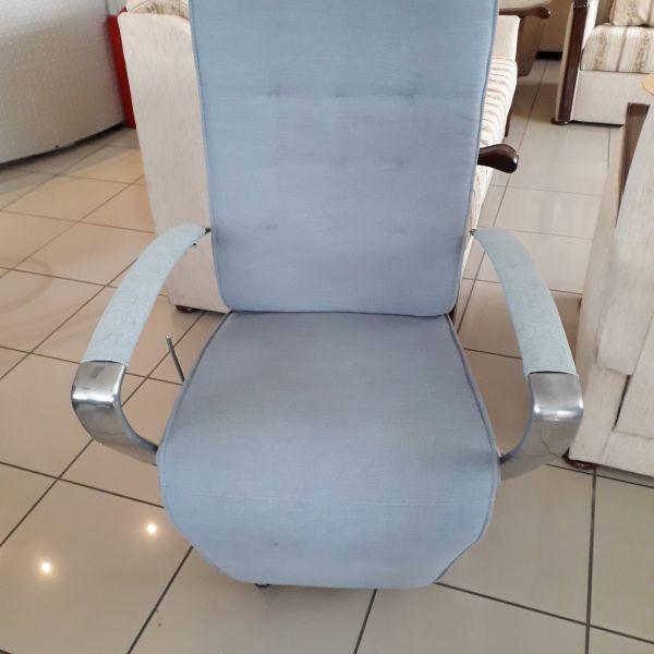 Világos szürkés-kék szövet, mechanikus, körbeforgatható Relax fotel 21/037